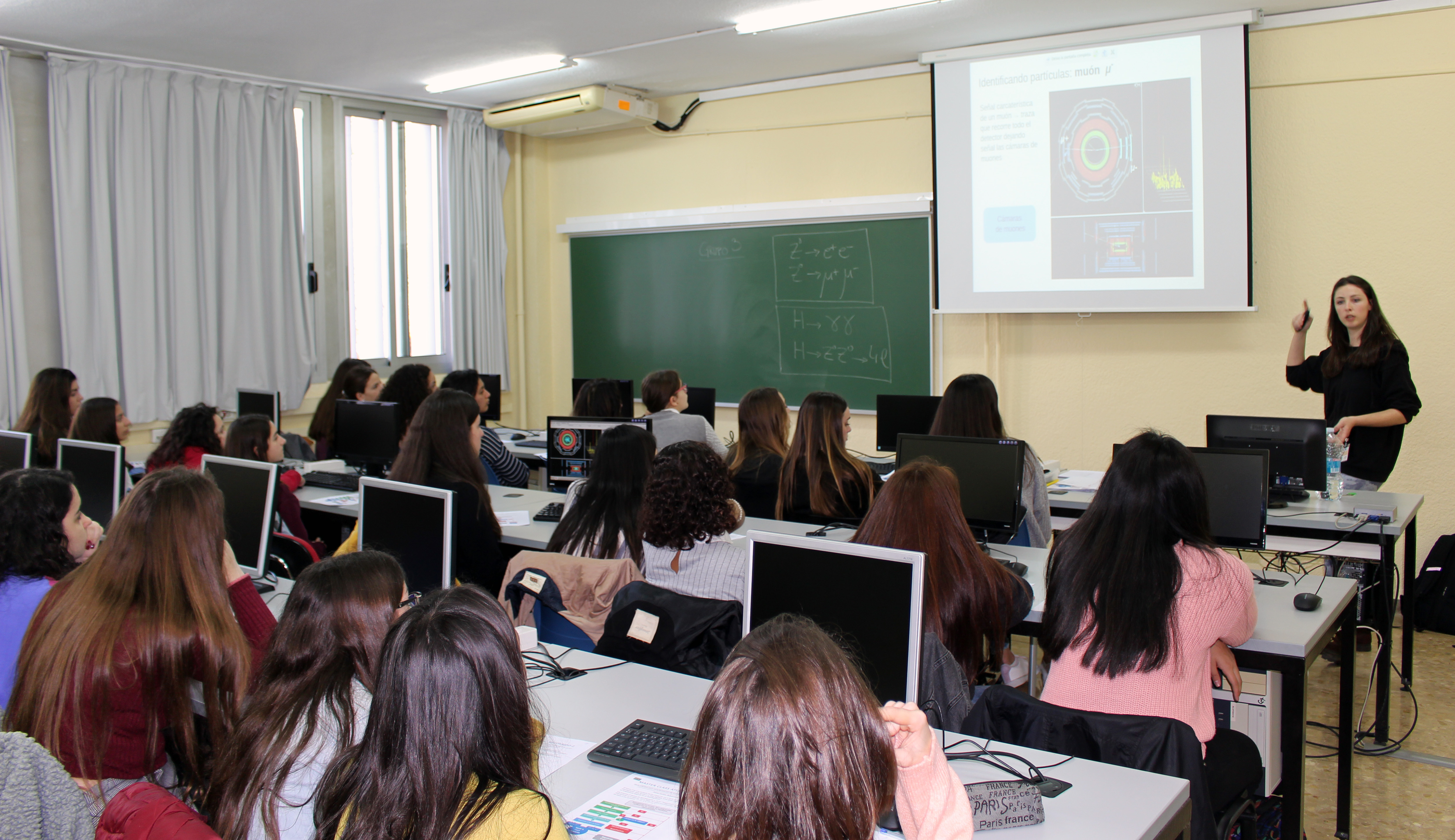 11 de febrero, Día Internacional de la Mujer y la Niña en la Ciencia, International Day of Women and Girls in Science, IFIC, Instituto de Física Corpuscular, masterclass, física de partículas, particle physics,