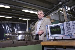 Eberhard Widmann, CERN, ASACUSA, antimatter, antihydrogen, IFIC, física de partículas, antimateria,