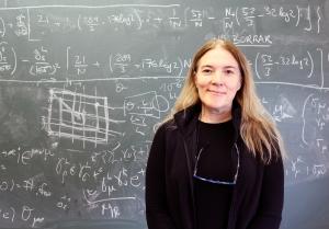 Pilar Hernández Gamazo, IFIC, Universitat de València, CERN, Scientific Policy Committee, física teórica,